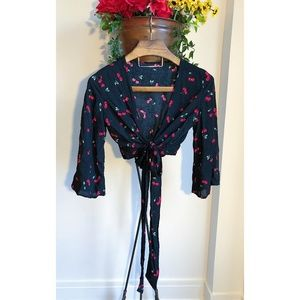 CHERRY PRINT TIE WRAP BLOUSE NWOT